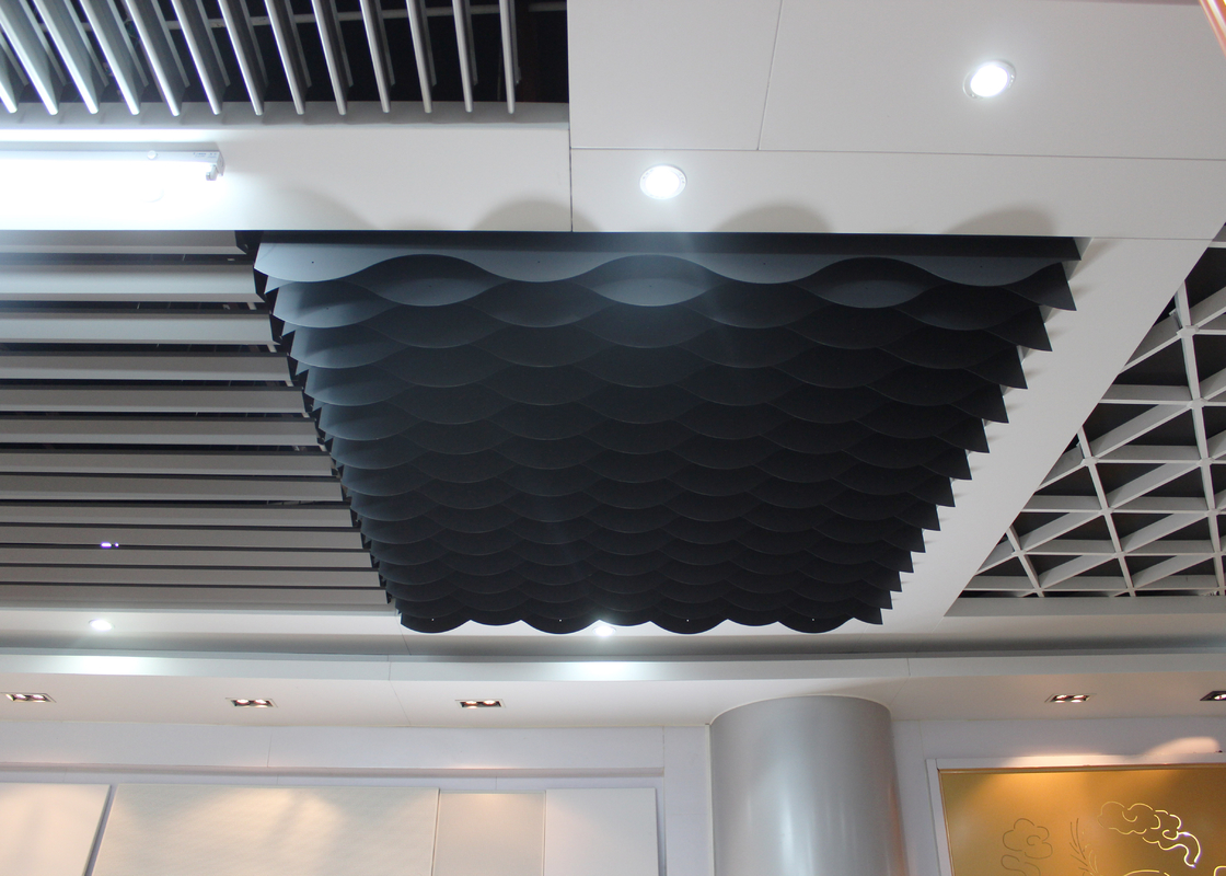 Custom Color Strip Commercial Ceiling Tiles / Waved shaped Blade Ceiling